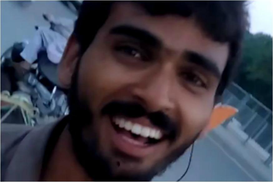 Fruit Seller in Pakistan sings Baatein Ye Kabhi Na Watch Online