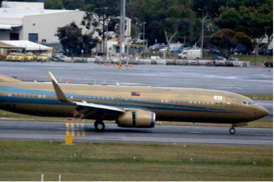 Malaysian Sultan Flies Into Australia In Gold Jet  News18