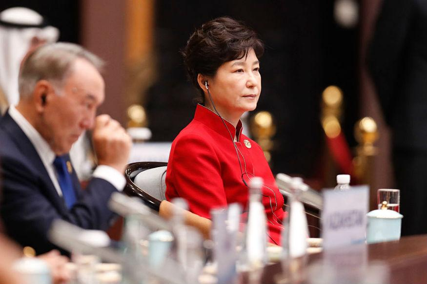 South Korean Opposition Differs on Park Impeachment, No End in Sight