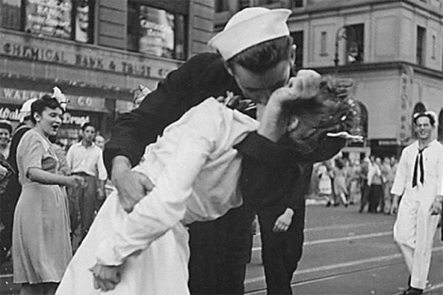 Woman Kissed by Sailor in Famed Photo at World War Two's End Dies