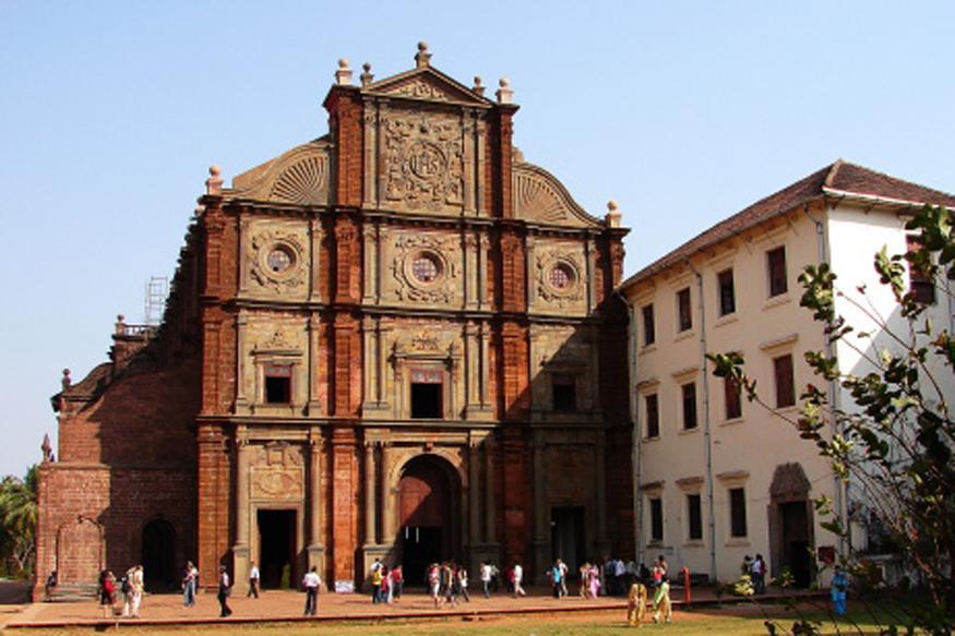 Basilica Of Bom Jesus To Moinuddin Chisti: Explore These Spiritual Getaways In India