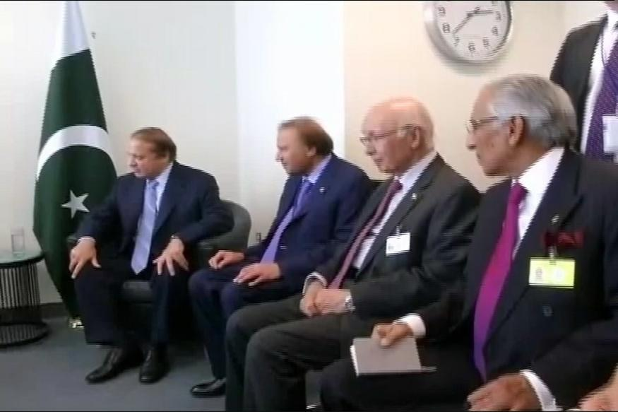 Kashmir violence: Sharif urges US, UK to help resolve issues with India