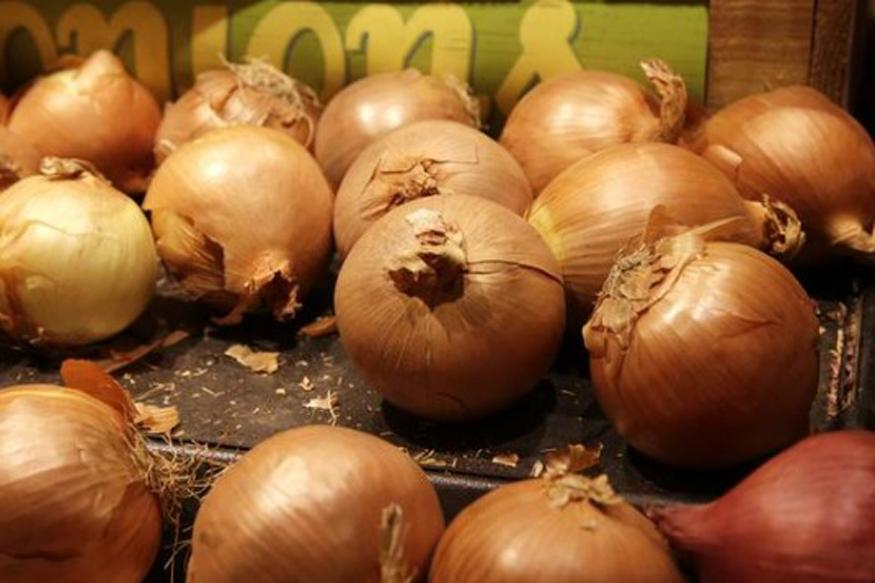 5 Reasons Why You Should Keep Onion Handy This Season