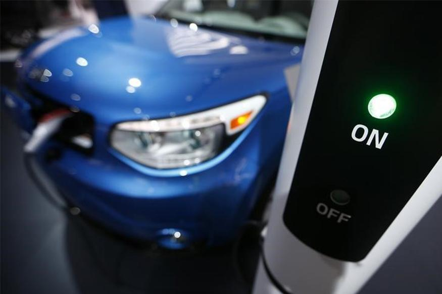 Electric Cars Could Dominate Roads in Wealthy Cities by 2030: Report