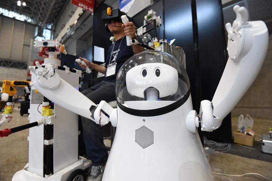 Robots Galore as Asia's Biggest Tech Fair CEATEC 2016 Kicks Off