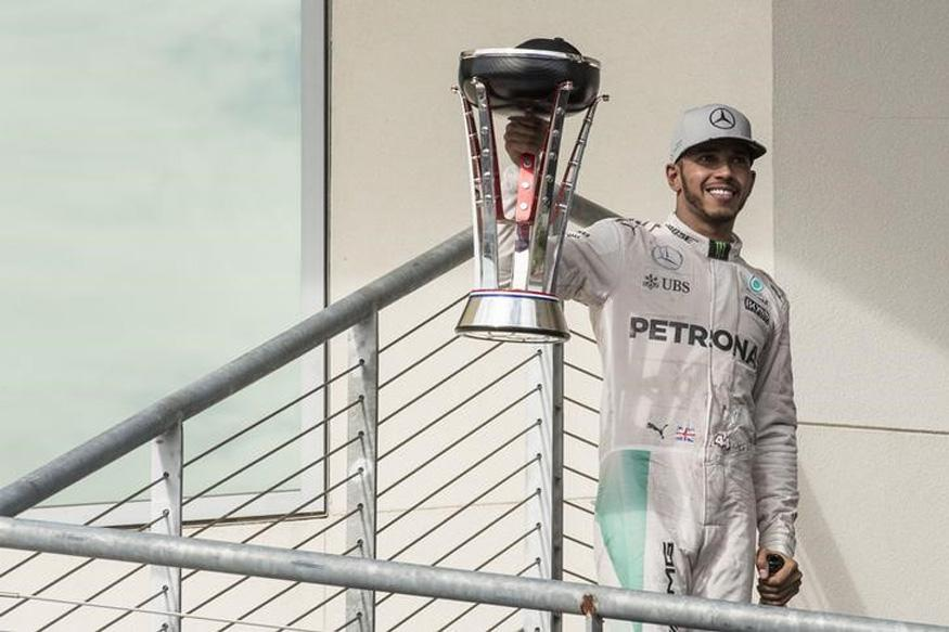 US Grand Prix: Lewis Hamilton Cuts Nico Rosberg's F1 Lead With 50th Career Win