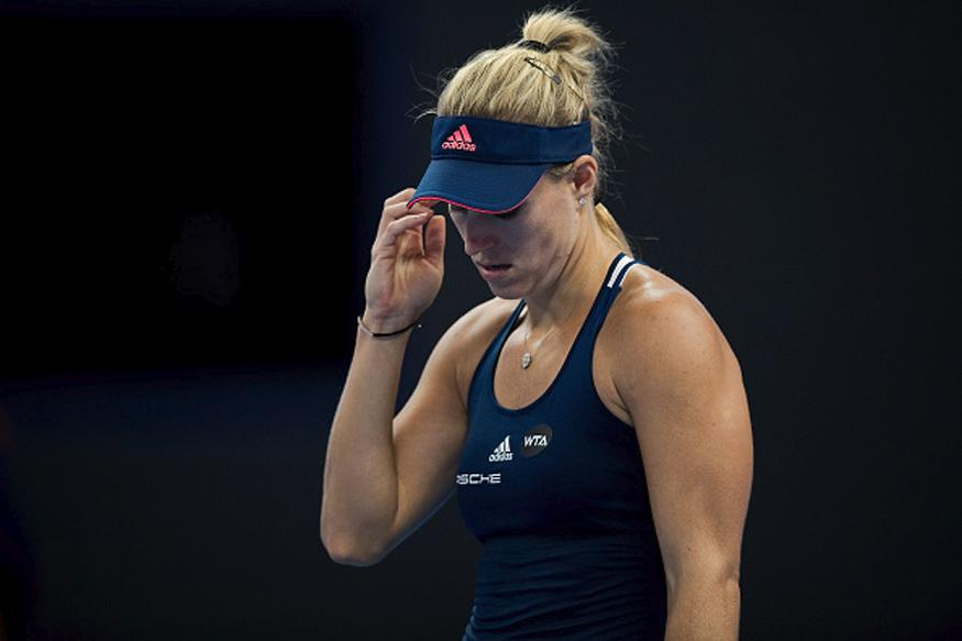 Kerber Makes Short Work of Sakkari in Hong Kong
