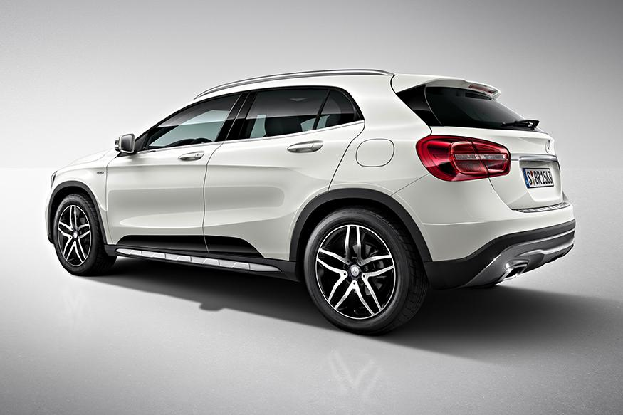2017 mercedes benz gla facelift to break cover at 2017 naias news18. Black Bedroom Furniture Sets. Home Design Ideas
