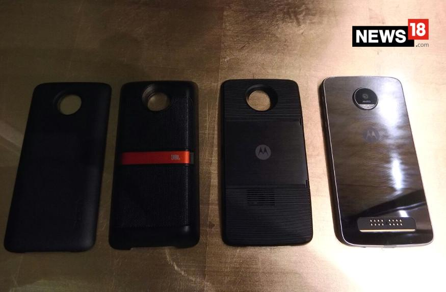 Motorola Moto Mods: Here's all You Need to Know