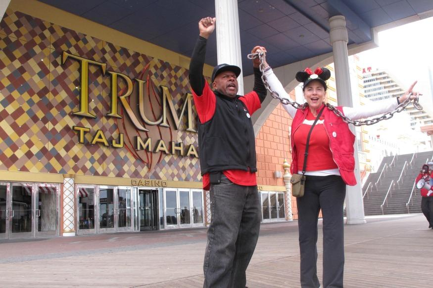 Trump Taj Mahal Casino To Close 26 Years After It Was Opened