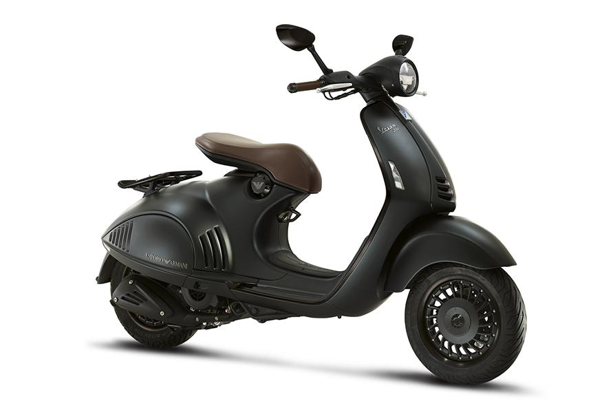 Vespa 946 Emporio Armani to Launch on October 25, To Be the Most Expensive Scooter in India