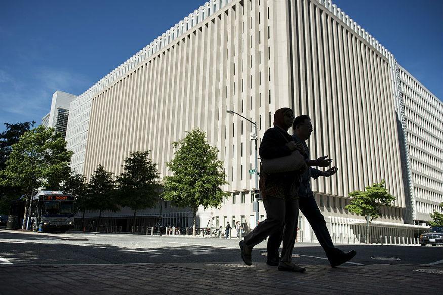 Global debt rises to $152 trillion, warns International Monetary Fund