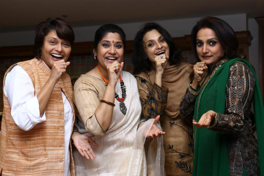 Renuka Sahne Posted a Picture from Antakshri Reunion and It Will Make You Nostalgic