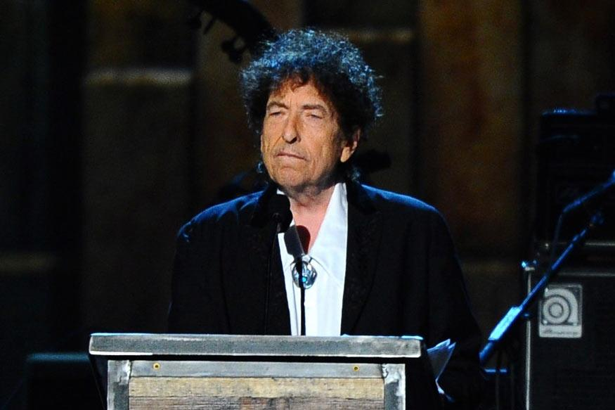 Bob Dylan Performs in Las Vegas, Makes No Mention of Nobel Prize