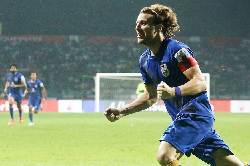 ISL 2016: Diego Forlan Hat-trick Helps Mumbai City Trounce Kerala Blasters 5-0