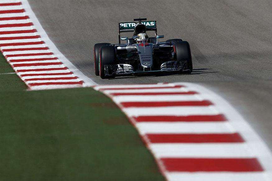 Mexican Grand Prix: Lewis Hamilton Claims Pole Ahead of Nico Rosberg