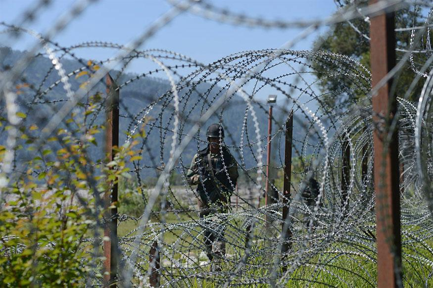 Pakistan Violates Ceasefire in Uri Sector in North Kashmir