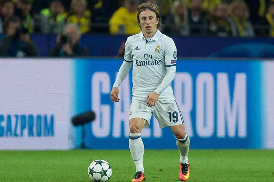 Luka Modric Extends Real Madrid Deal to 2020