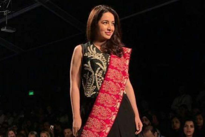 AIFW SS17: Tisca Chopra Walks The Ramp For Kavita Bhartiya