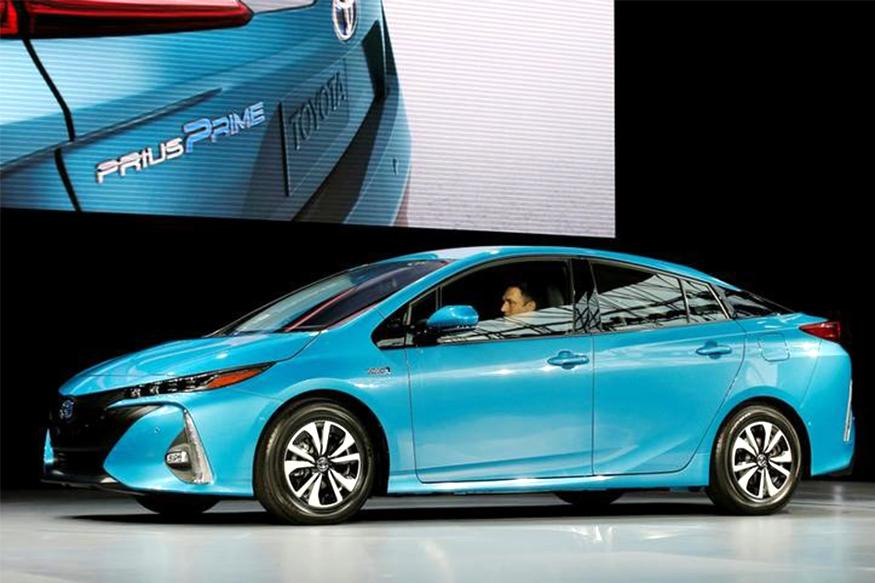 Warming To Lithium-Ion, Toyota Charges Up Its Battery Options