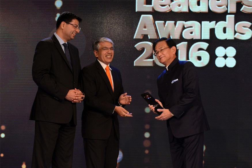 Maruti Suzuki MD Kenichi Ayukawa Awarded 'Best CEO – Multinational Company' at FILA 2016