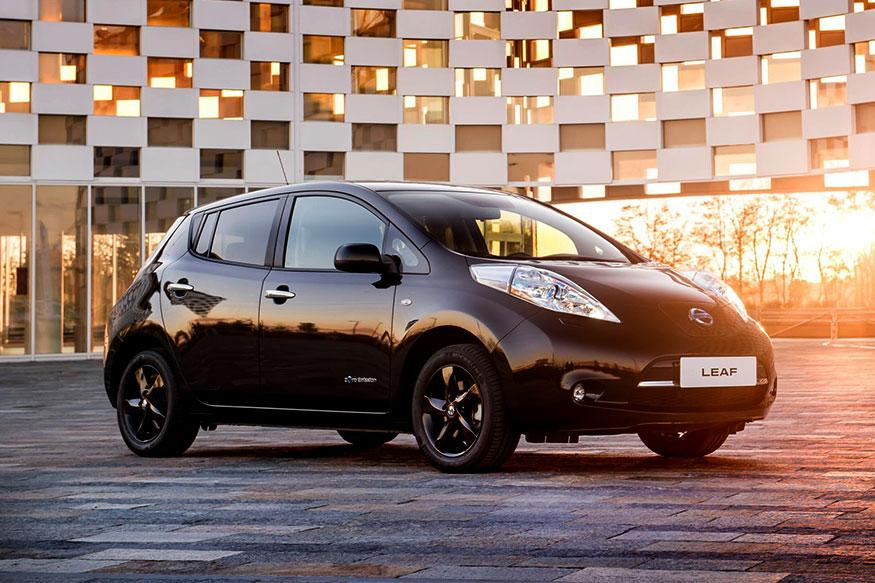 Nissan Goes 'Black', Unveils Special Edition Leaf