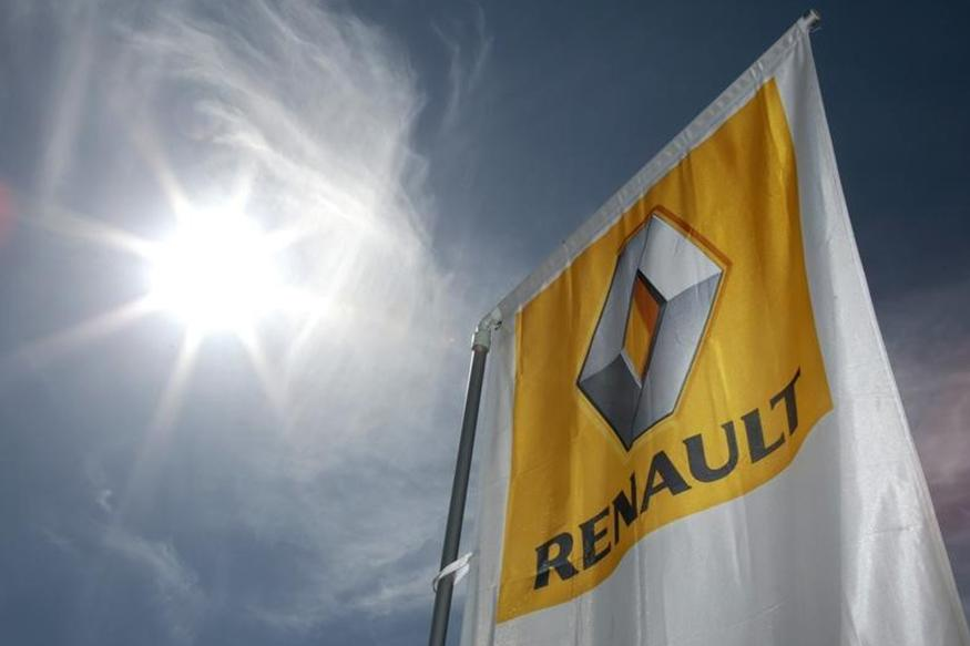 Pakistan Says Renault Agrees to Invest in Local Car Plant