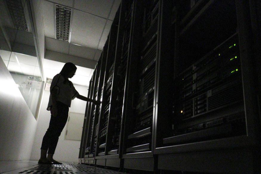 Global Server Revenue Declined in 2016, HP Still Leads: Gartner