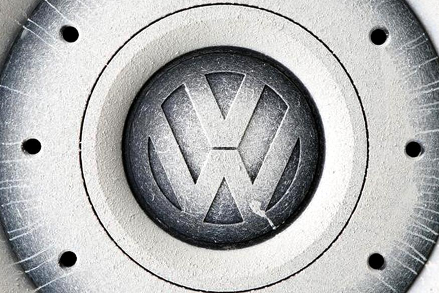 Volkswagen Board to Discuss Brand Overhaul on November 4: Sources