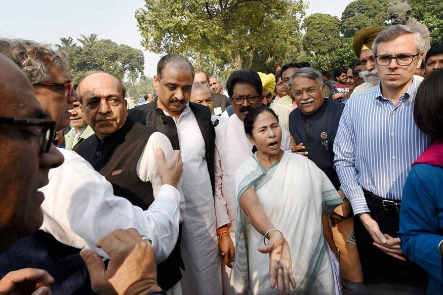 Mamata to Sit on Dharna in Patna for Demonetisation Rollback