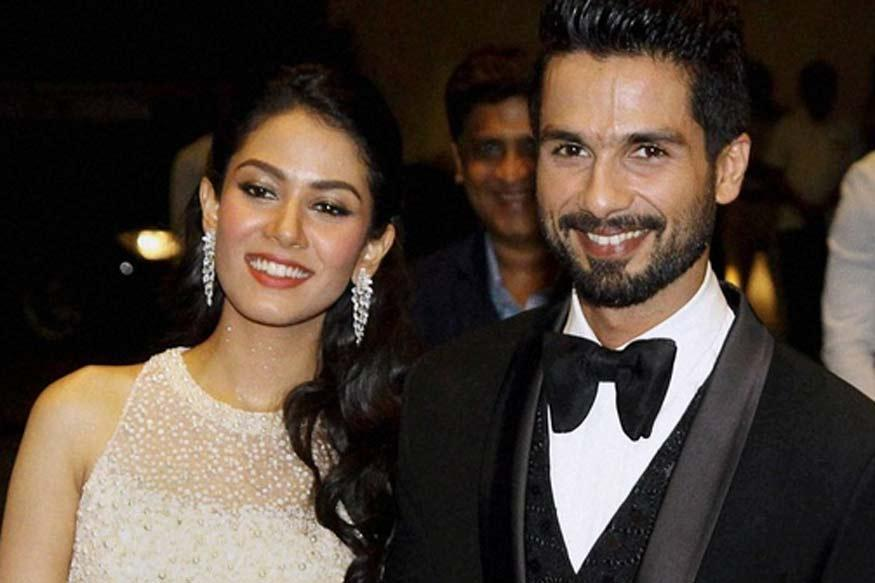 Koffee With Karan Season 5: Shahid Kapoor Shares an Adorable Selfie With Wife Mira Rajput From The Sets