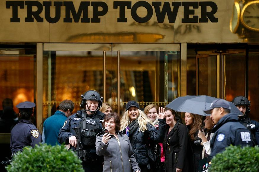 Selfie Tower: Donald Trump's Home, Trump Tower, Becomes NYC's Hottest Backdrop