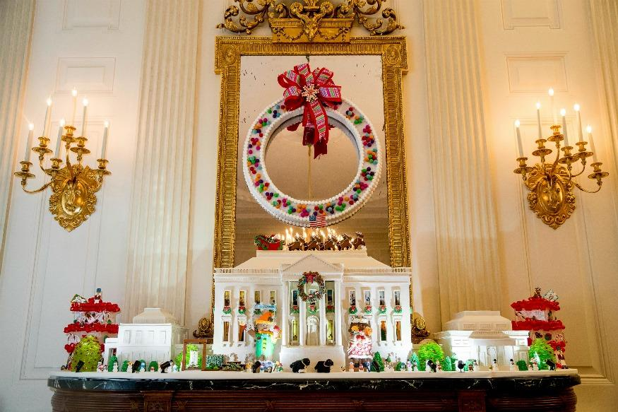 Christmas 2016: 10 Stunning Images Of The White House Decorations