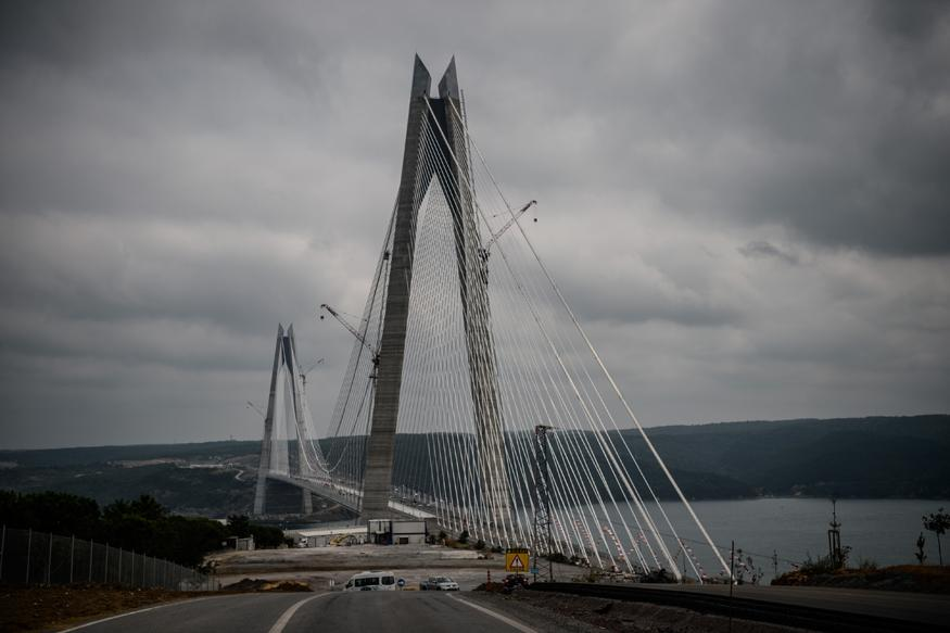 the third bridge in istanbul The 3rd bridge is planned to serve the new city planned to the north of istanbul, the 3rd airport and canal istanbul projects it is a rent-generating project it is not a transport project.