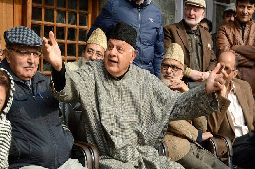 Youth throwing stones fight for their nation: Farooq