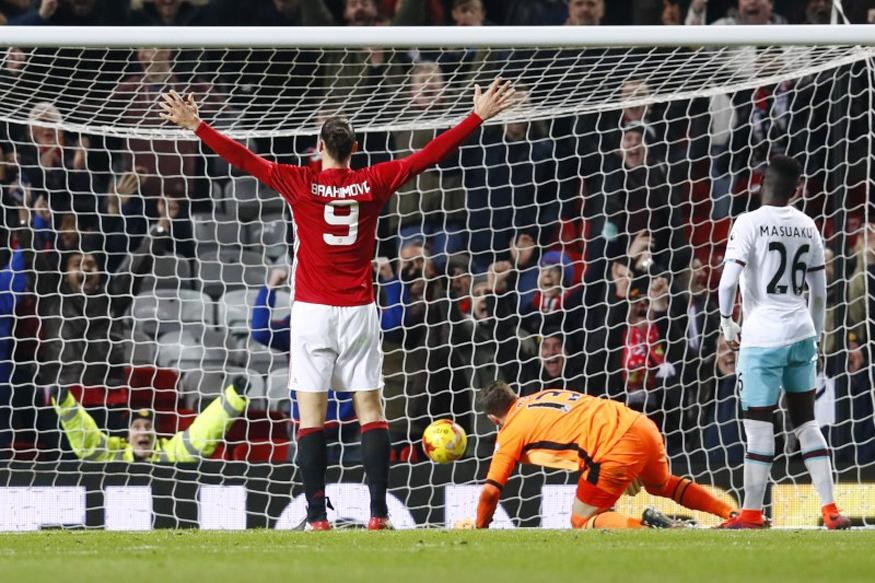 League Cup: Manchester United Sweep Past West Ham, Arsenal Ousted by Southampton
