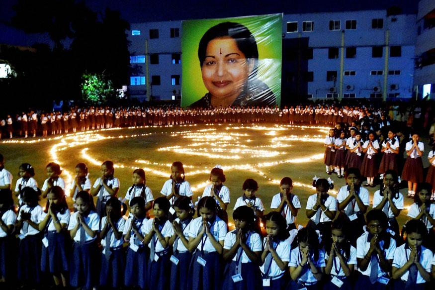 AIADMK general council resolves to work under Sasikala' leadership