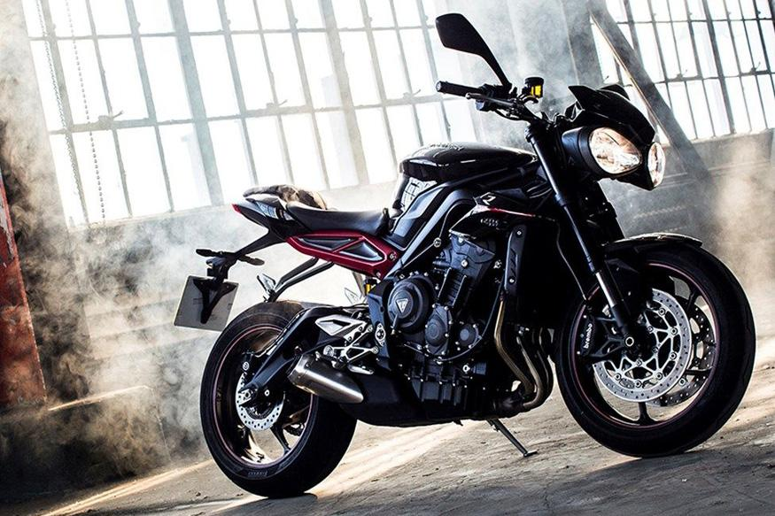 2017 triumph street triple s street triple r street triple rs launched in uk news18. Black Bedroom Furniture Sets. Home Design Ideas