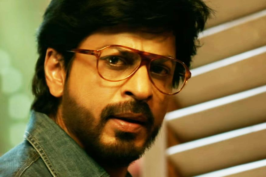 raees movie review shah rukh khan served vintage style