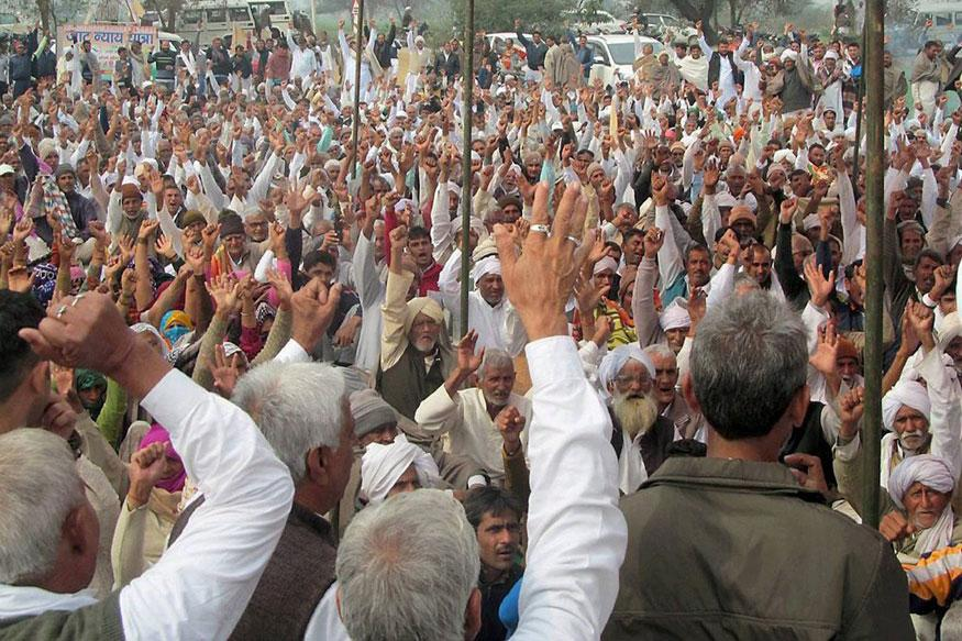 Haryana: Jats turn down govt plea for a meeting; stir continues