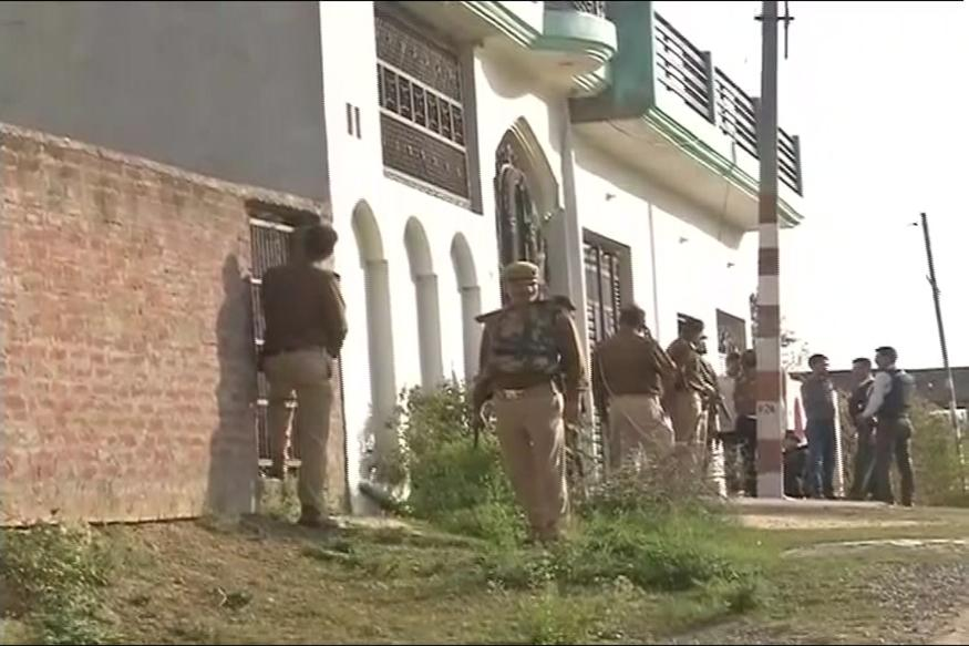 UP ATS corners 'terrorist' in Lucknow, encounter underway