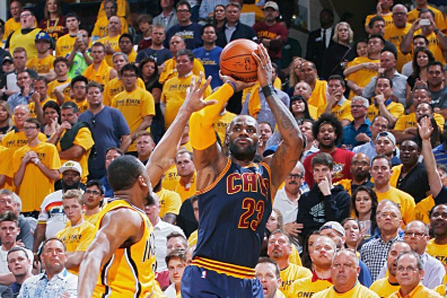 Lebron James Overtakes Kobe Bryant in Playoff Scoring List