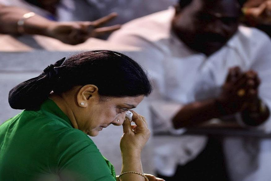 Cornered, Sasikala Family Divided Over its Future in Tamil Nadu Politics