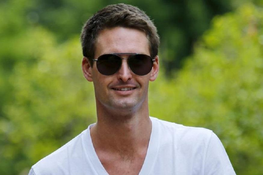 Snapchat ratings plummet after Evan Spiegel's 'poor India' comment
