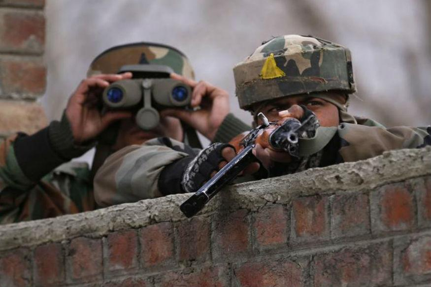 Three Indian soldiers killed as militants attack Kupwara army camp in Kashmir