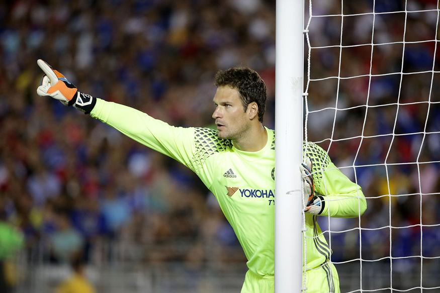 Calm Chelsea Have Experience to Win Title, Says Asmir Begovic