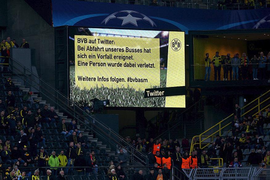 Dortmund goalkeeper describes scene in team bus