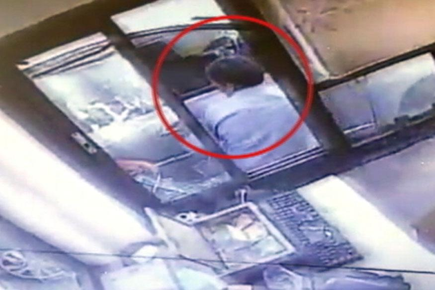 TDP MP's son's VIP goondagiri, ransacks toll booth in Karnataka