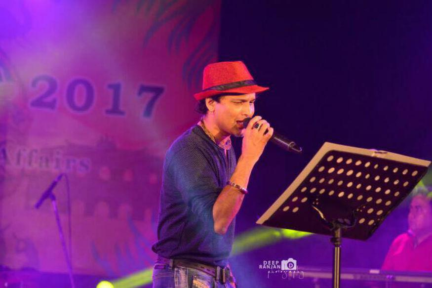 Zubeen Garg leaves 'Bihu stage,' when asked not to sing Hindi songs
